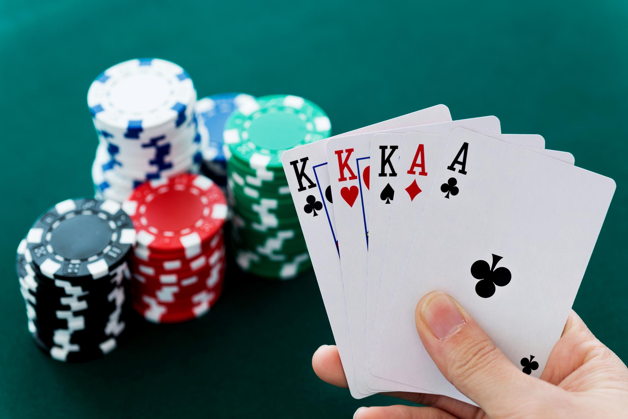 b casino free spins